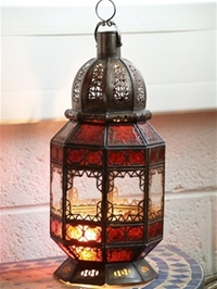stunning lantern with clear and red colour glass. 