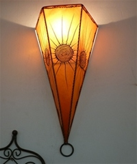 moroccan henna wall lamp with amber & henna design.